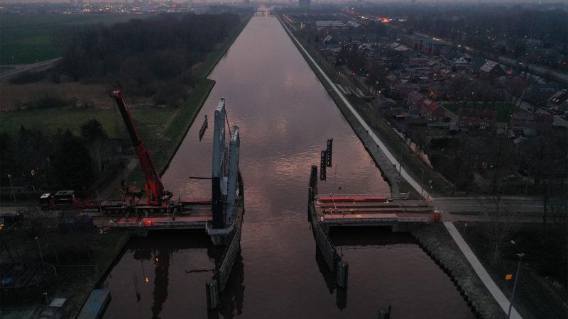 Terugplaatsing Borgbrug Groningen